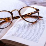 眠れない時の対処法に読書はオススメ!睡眠効果と注意する事!